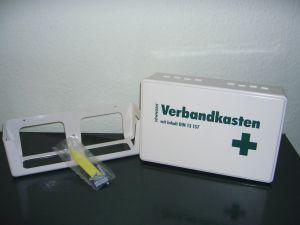 Verbandkasten f.Klein-Betriebe n.DIN 13157